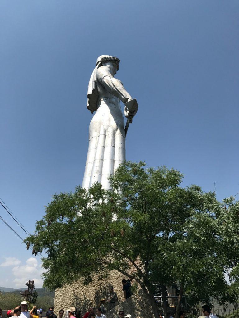 Грузия, Тбилиси (Монумент Мать Грузия)