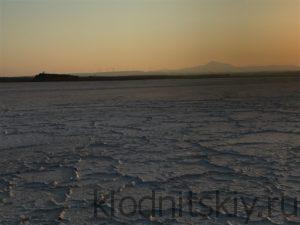 Ларнака Соленое Озеро