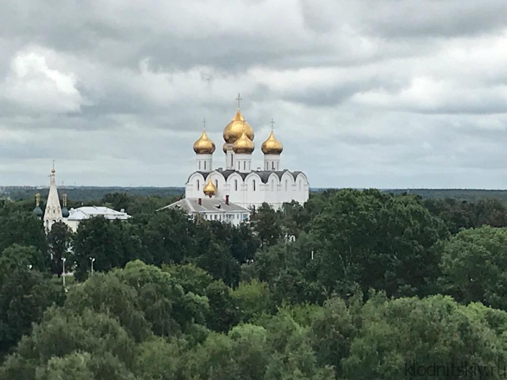 Автопутешествие по золотому кольцу. Ярославль. Кремль.
