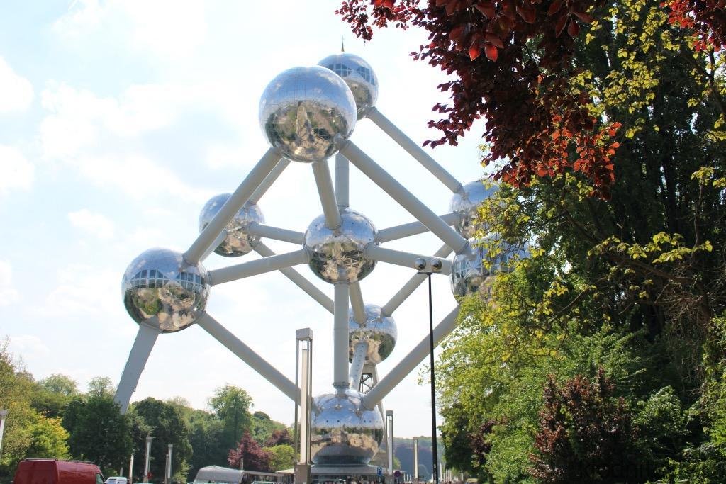 Атом Брюссель, Бельгия