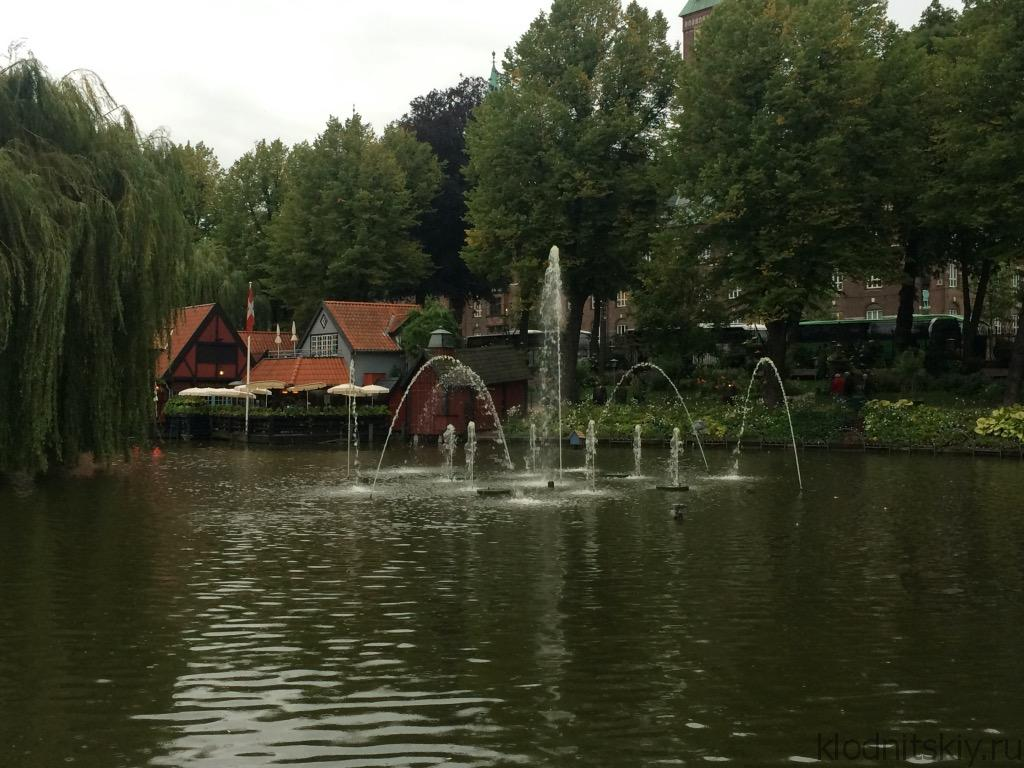 Копенгаген, Парк аттракционов Тиволи