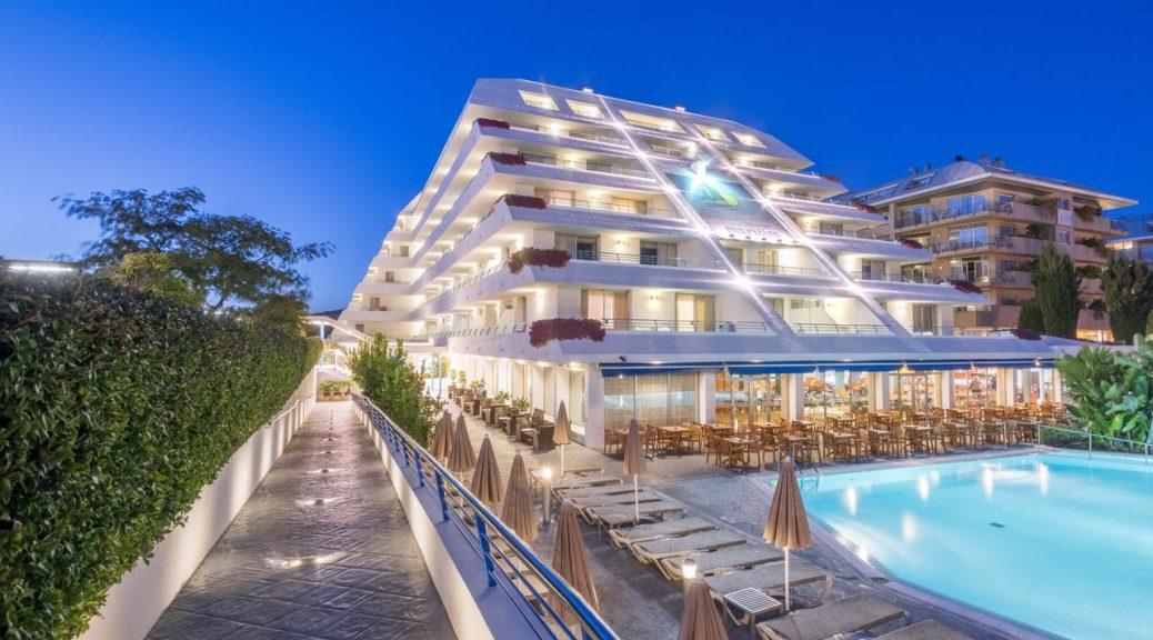 Hotel Montemar Maritim 4* (Испания, Санта-Сусанна)