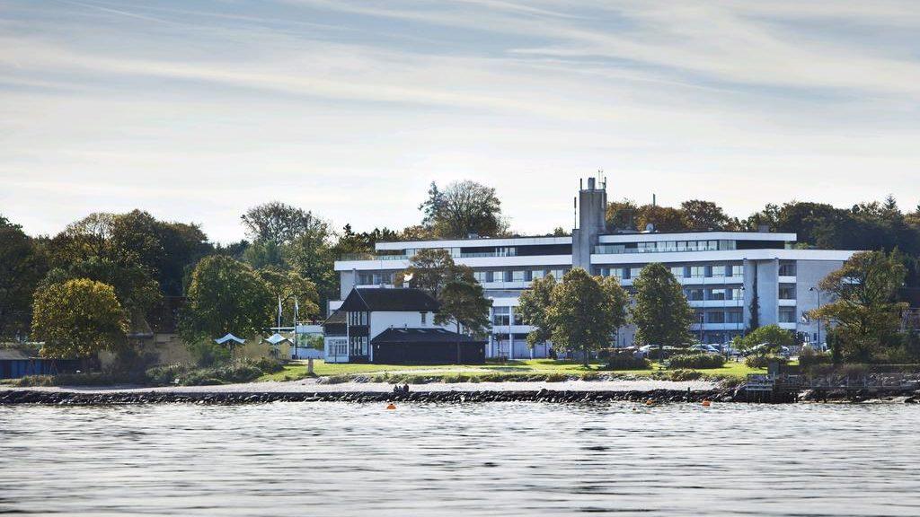 Hotel Marina ( Видбэк, Дания )
