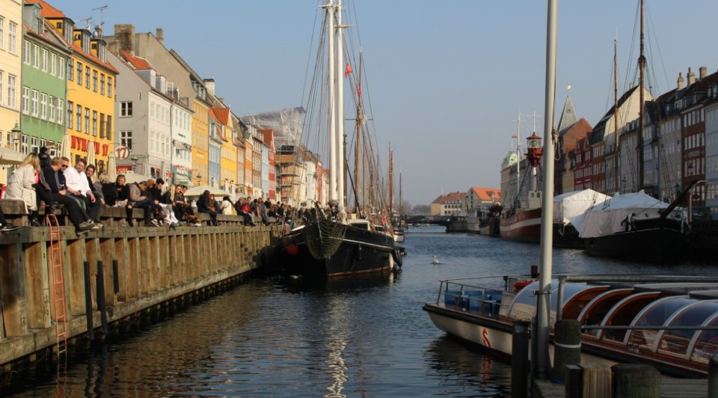 Экскурсии по каналам Копенгагена