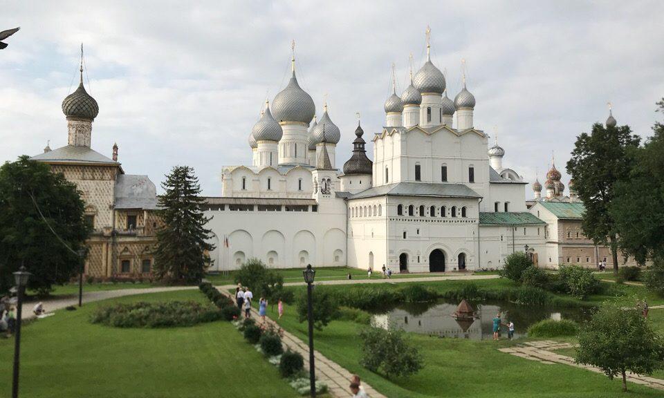 Ростовский кремль церковь воскресения Христова
