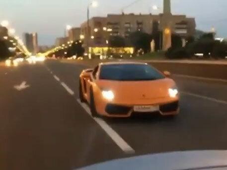 Дорогие автомобили в Москве